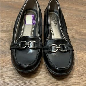 Life Stride loafers black size 7.5